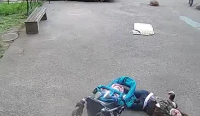 Мајка го остави бебето за секунда само во количката- тоа што следуваше потоа ќе го гледате со солзи во очите (ВОЗНЕМИРУВАЧКО ВИДЕО)
