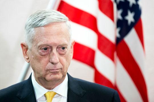 Шефот на Пентагон во посета на Авганистан