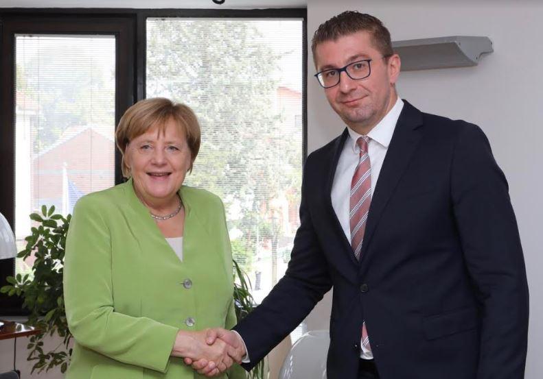 Актуелните политички случувања во фокус на средбата Мицкоски-Меркел