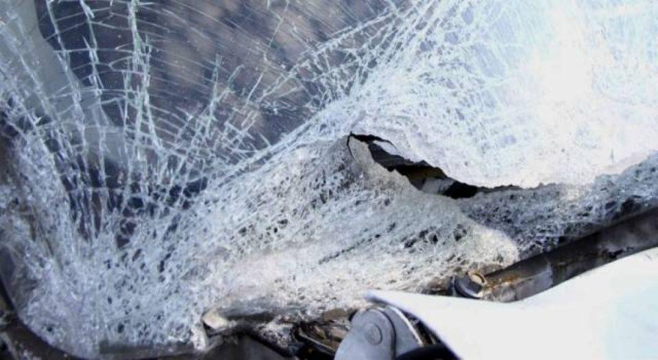 Малолетник тешко повреден во сообраќајка кај Арачиново
