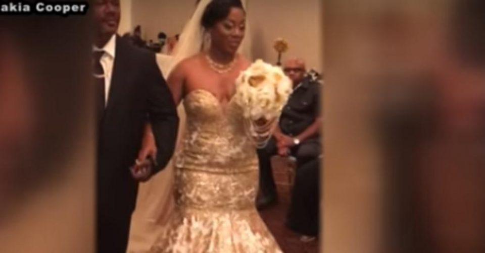 Нејзината венчавка сите ќе ја паметат: Влезе во салата, го соблече фустанот, а потоа сите гости занемеа (ВИДЕО)