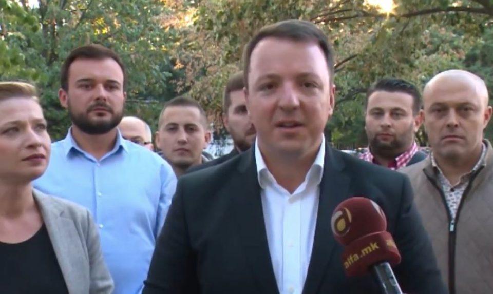 Николоски: Власта да не ни помислува да го лажира референдумот во недела