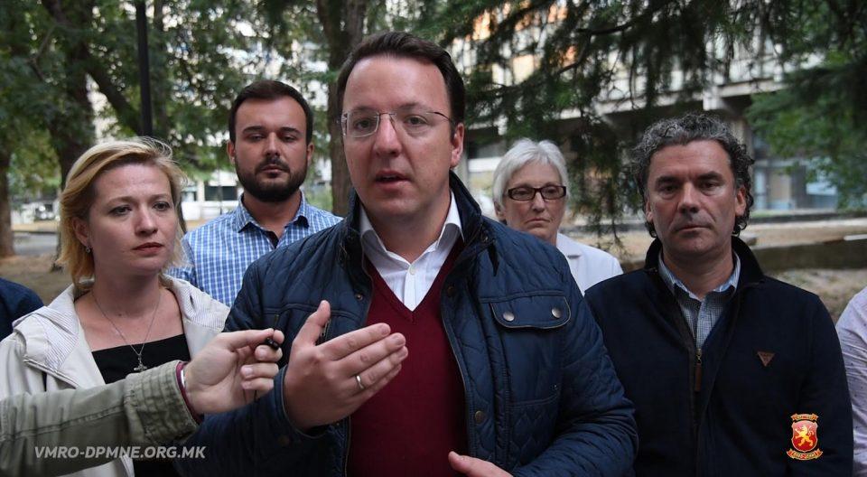 Николоски: Очигледна е паниката кај СДСМ, преку Собрание се обидуваат да се направи фалсификат на самиот ден на гласање