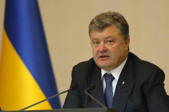 Порошенко го раскинува договорот за пријателство со Русија