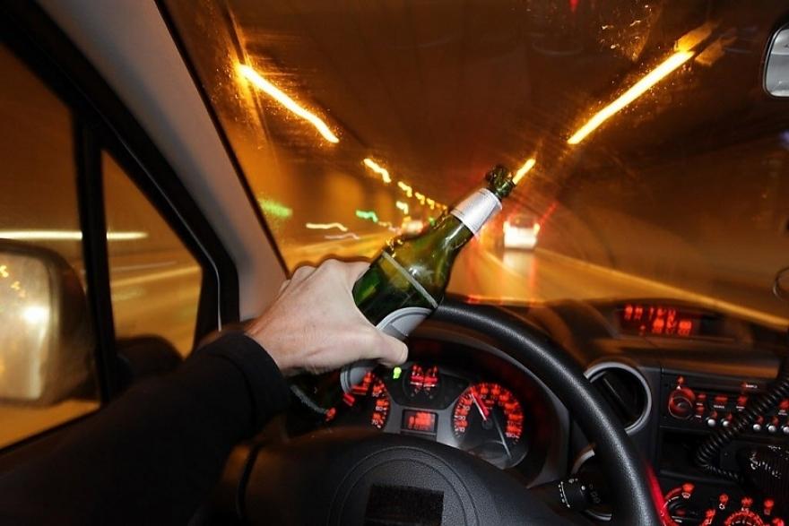 Скопјани не се откажуваат во алкохолизирана состојба да возат автомобили- еве колку возачи казни полицијата само изминатата ноќ