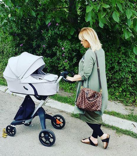 Српската пејачка преживеа пекол: Сакаше да се обеси откако двапати ги загуби бебињата, а денеска блеска од радост (ФОТО)