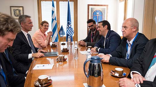 Столтенберг од Скопје заминува за Атина