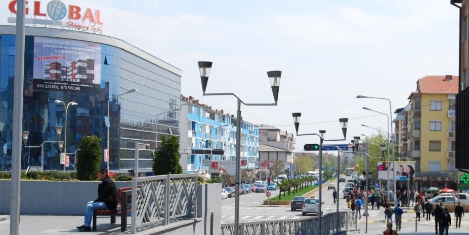 Драстично помала излезност во Струмица во споредба со изборите, сограѓаните на Заев без интерес за референдумот
