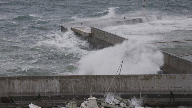 Апокалиптични снимки од Пелопонез: Минатата недела беше рај за туристите, денес оваа плажа е уништена