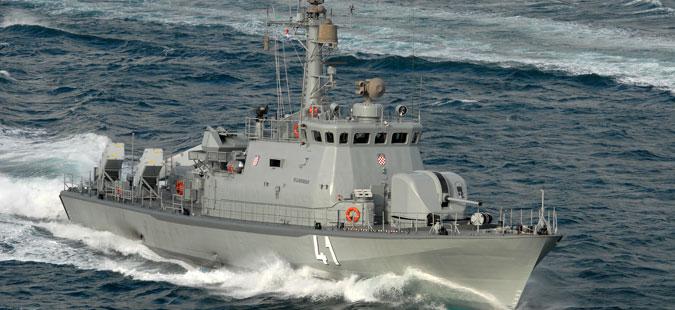 Воени бродови на НАТО впловија во Драч