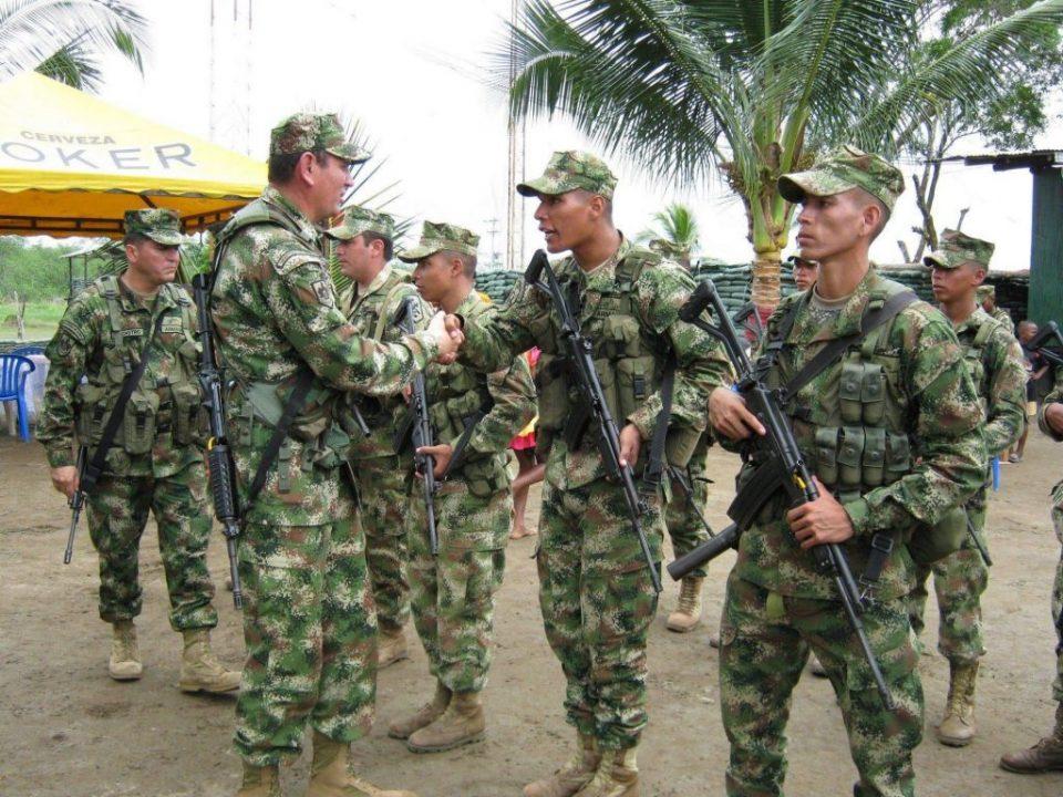 Колумбија распореди дополнителни 5.000 војници по границата со Венецуела