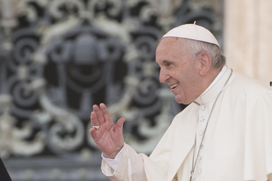 Папата Франциско би сакал да ја посети Северна Кореја, тврди шефот на владејачката партија во Јужна Кореја