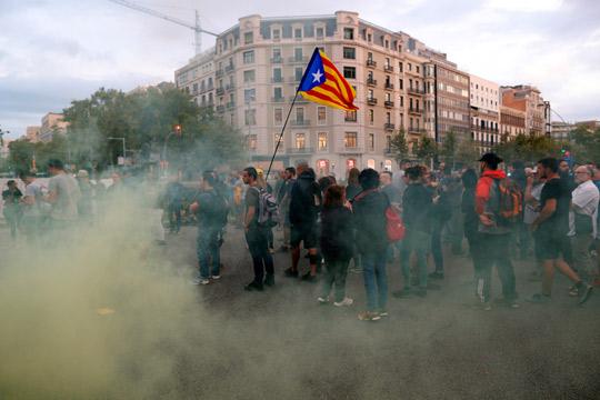 Блокади на годишницата од референдумот во Каталонија