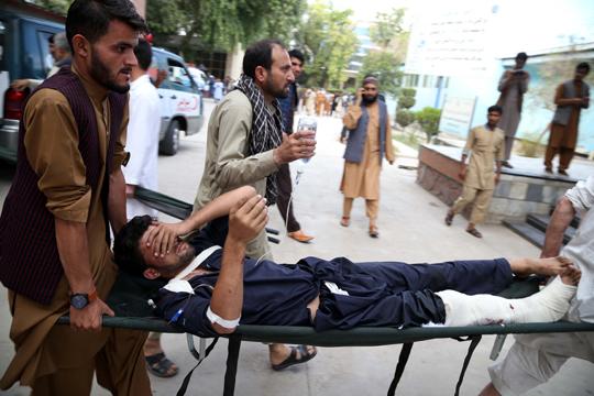 Најмалку 13 загинати при напад на предизборен митинг во Авганистан