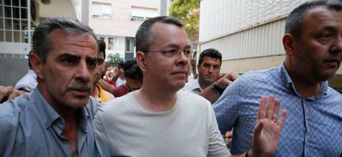 """Вашингтон Пост"": Турција и САД договорија ослободување на пасторот Брансон"