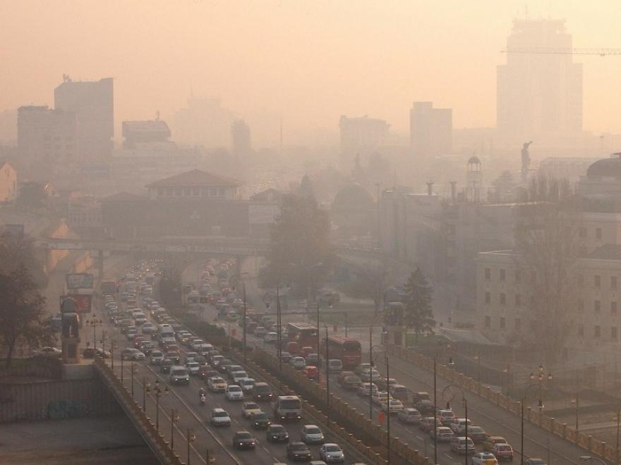 Расте загаденоста на воздухот, а мерните станици во неколку општини изминативе денови не работат