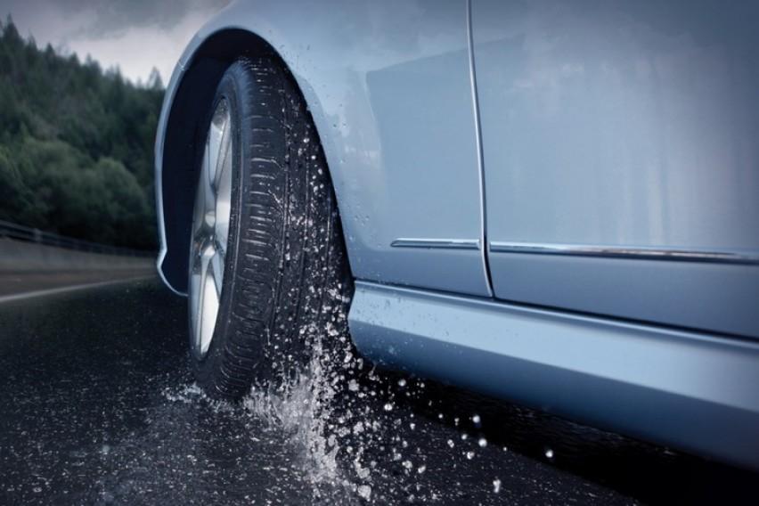 Возете внимателно, влажни коловози на државните патишта