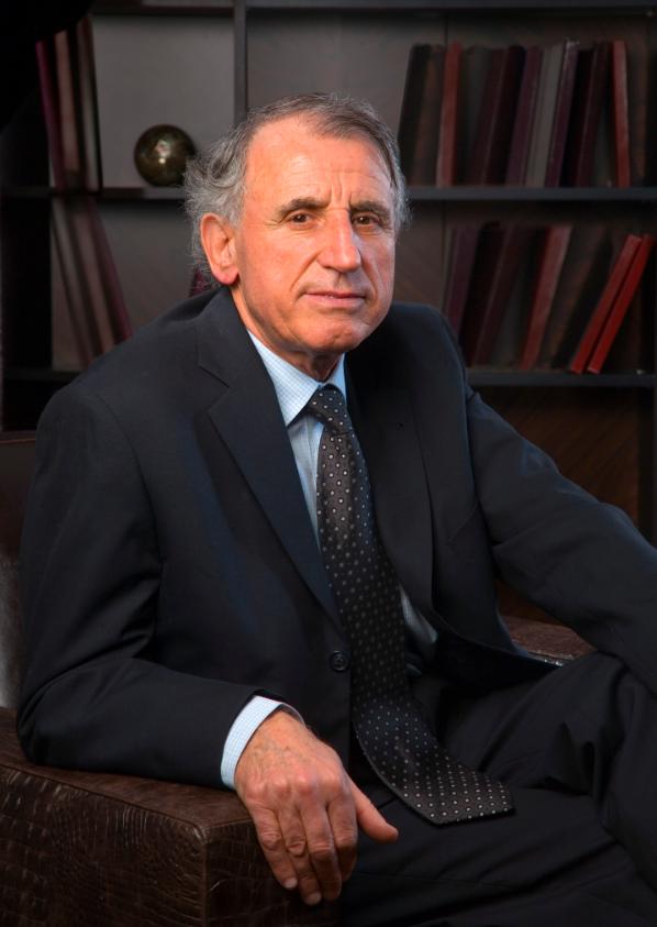 Почина професорот Александар Николовски