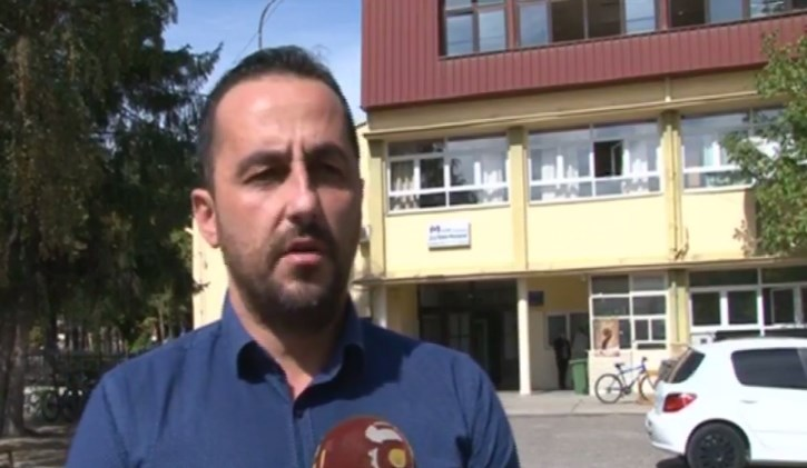 Тошевски: Граѓаните мора да плаќаат од 2000 до 7000 денари за ученички превоз поради градоначалничката Петровска