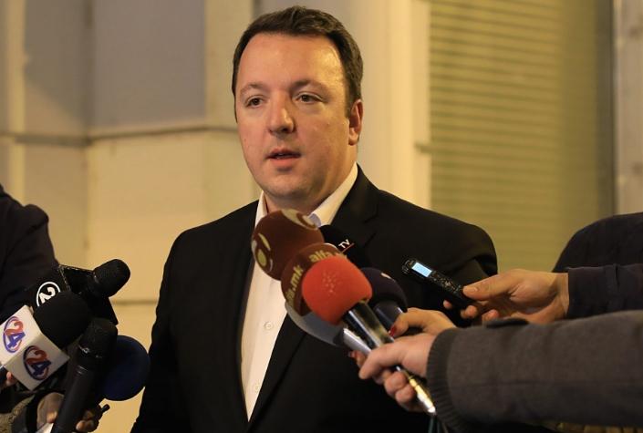 Николоски: Пратениците кои гласаа за уставните измени да си поднесат оставка