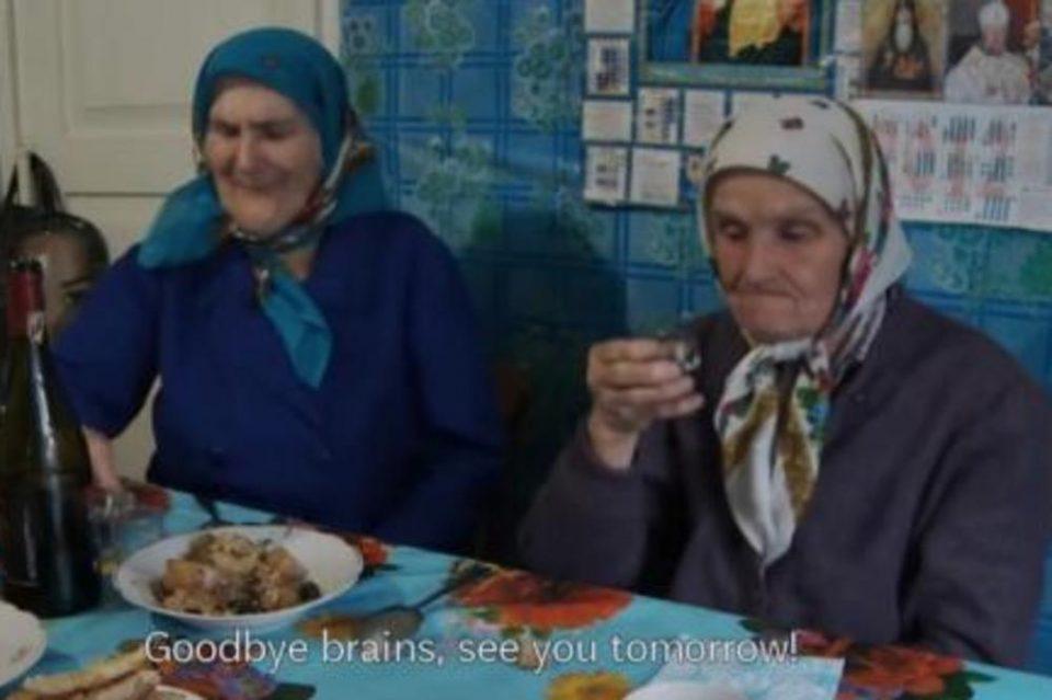 Останале да живеат кај Чернобил и да јадат контаминирана храна: Погледнете како изгледаат овие баби (ВИДЕО)