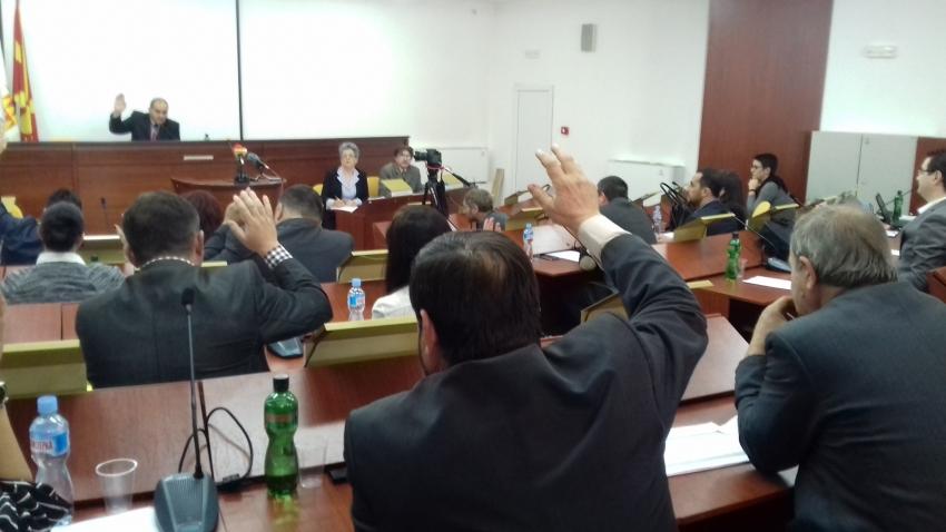 Повлечени измените на тарифникот за превоз во Битола: Од ВМРО-ДПМНЕ побараа општината да ги рефундира парите кои ги дале родителите