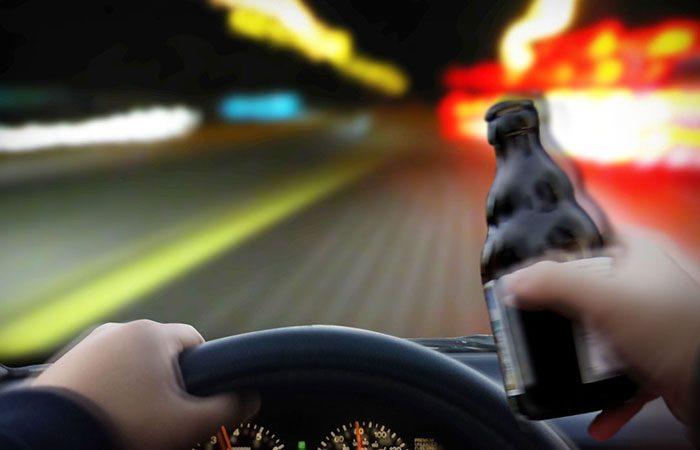Нов закон во Ирска: Кој вози пијан, ја губи возачката дозвола на самото место