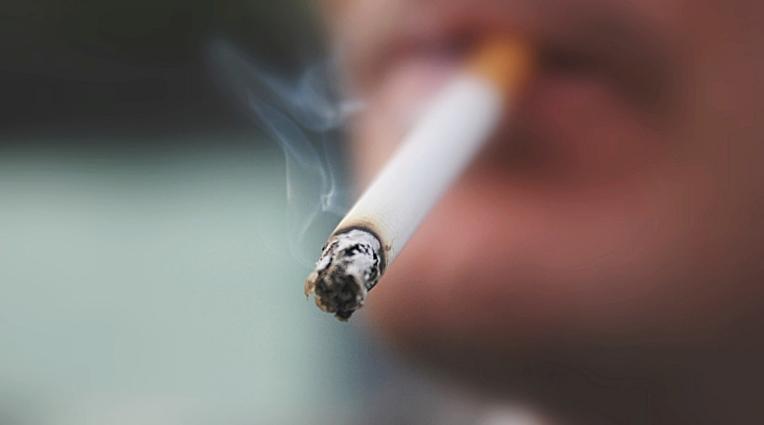Шведска забрани пушење на некои јавни места на отворен простор