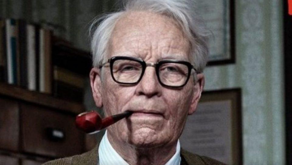 Верувале или не: Овој старец е всушност познатата холивудска актерка (ФОТО+ВИДЕО)