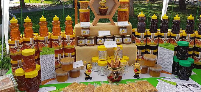 """""""Денови на медот"""" во Прилеп, пчеларите загрижени поради климатските промени"""