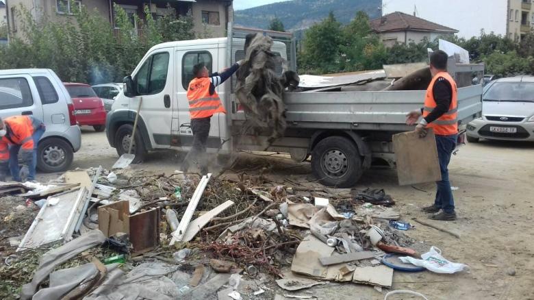 """ЈП """"Комунална хигиена""""-Скопје расчистила 3.060 кубни метри отпад од диви депонии во период од една година"""
