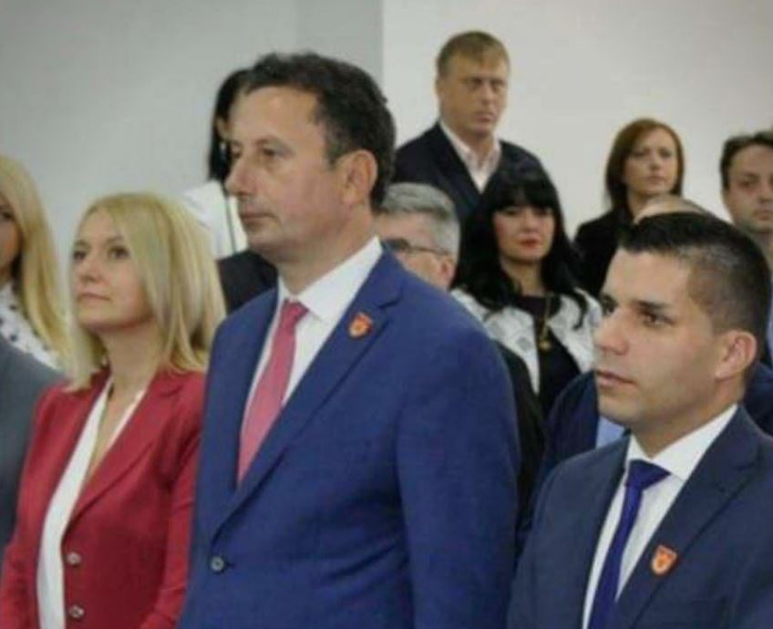 ЛИДЕР: Градоначалникот на Крива Паланка си ја унапредил сопругата