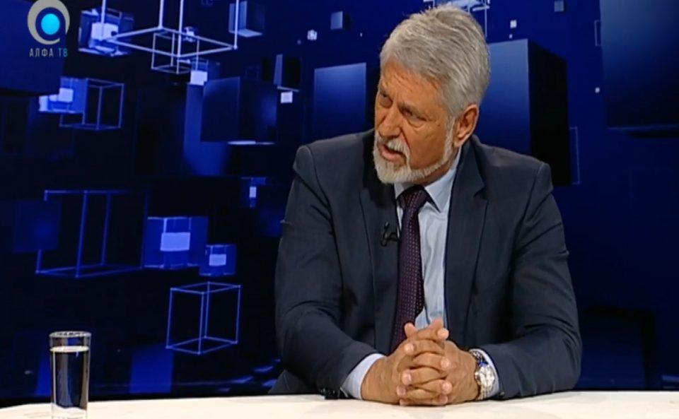 Јакимовски: Со вакви задолжувања на владата годишно ќе се плаќаат 350 милиони евра по однос на камати или се фрла во вода секоја година пат од 40-50 километри