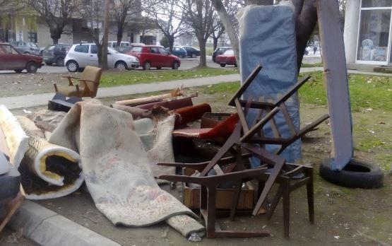 Ќе се собира кабаст отпад во Берово