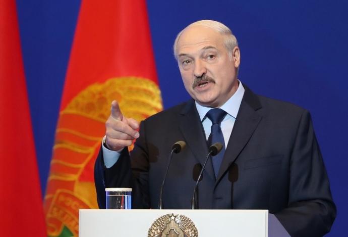 Лукашенко и се заканува на Русија