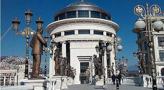 """Мицкоски: Преку """"Рускоска обвинителството"""", """"Кацарска судството"""" и нарачани седоци сакаат да го уништат ВМРО-ДПМНЕ"""