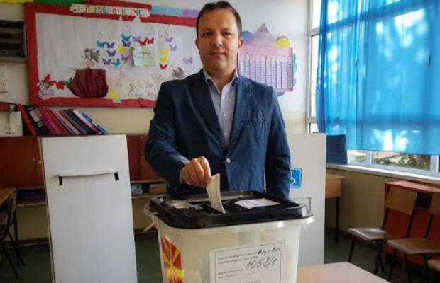 Вчерашниот ден за Спасовски беше историски, но неговите соседи не го поддржаа