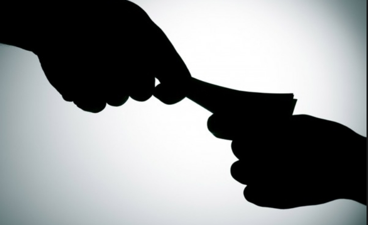 Притворен командир на шумска полиција за земање поткуп