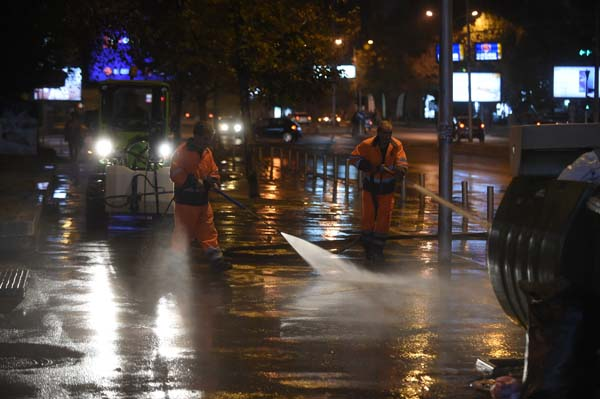 Акција на Град Скопје за рачно миење на улиците и булеварите