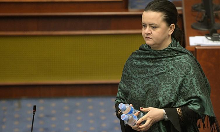 """Фактор.мк: Фросина Ременски """"ќе лета"""" од СДСМ"""