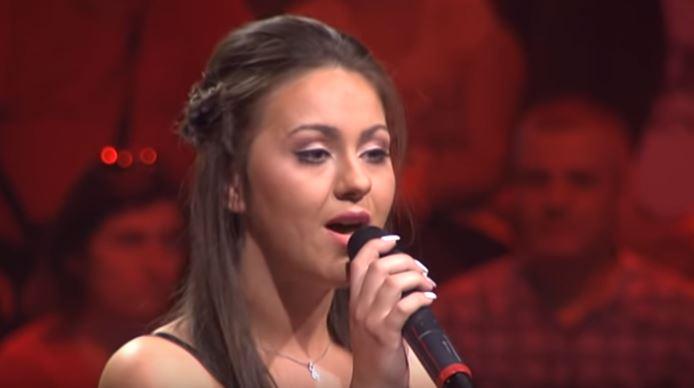 """Никој не претпостави дека е од Македонија: Жирито во """"Ѕвездите на Гранд"""" беше воодушевено од 19 годишната Сања (ВИДЕО)"""