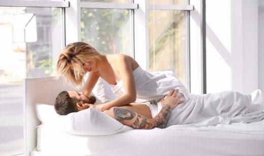 Утринскиот секс има поголем ефект од 5 шолји кафе