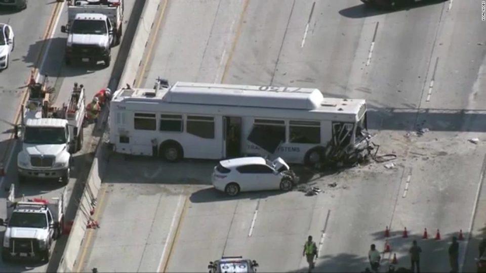 Во верижен судир во Лос Анџелес 25 лица повредени