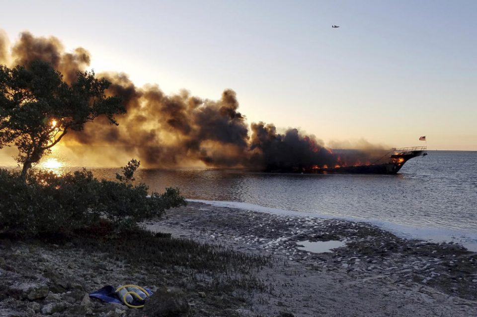 Експлозија и пожар на траект во Балтичкото море: Повеќе од 300 луѓе останаа заробени