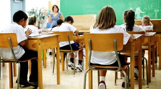 Во изолација 53 ученици и осум наставници