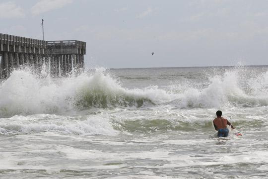 Ураганот Мајкл добива на сила- се очекува да биде еден од најлошите
