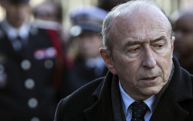 Макрон ја прифати оставката на министерот за внатрешни работи Жерар Коломб