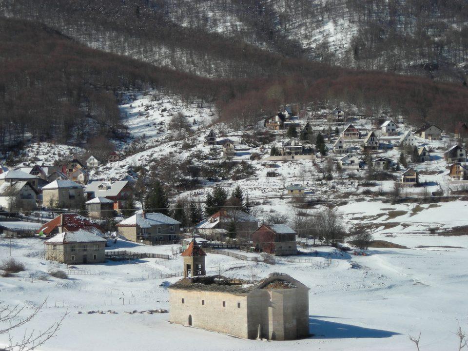 Во Маврово 25 сантиметри снег, најмногу дожд во Битола