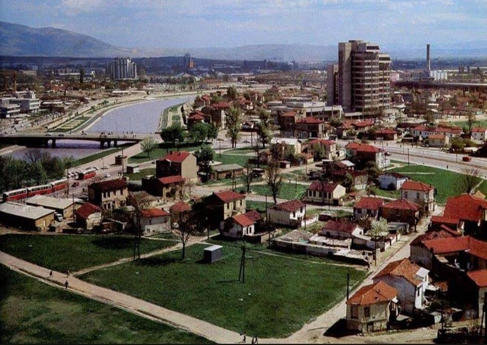 """""""Во одбрана на Дебар Маало"""": Сакаме парк, а не 60-катниците на Сугарески"""
