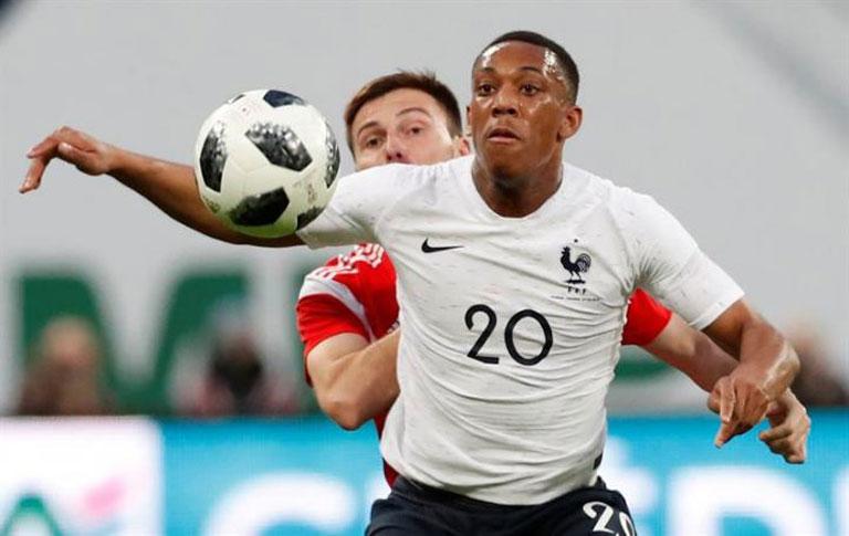 Марсијал се врати во составот на Франција